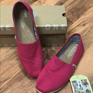 Size 6 Pink Toms